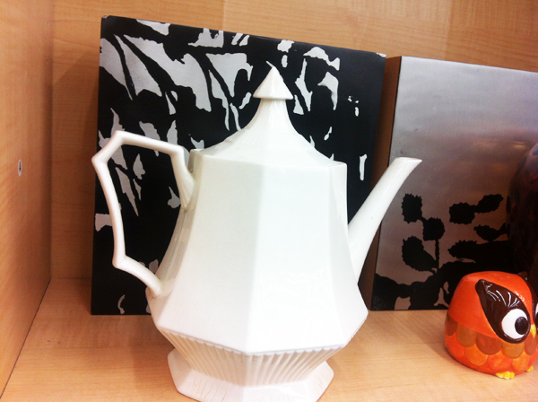goodwill-halloween-teapot-spooky-prints-owl