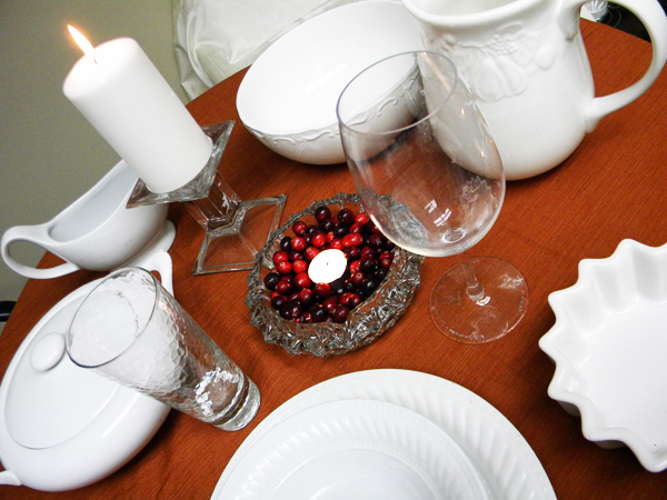 goodwill-thanksgiving-tableware-white-2