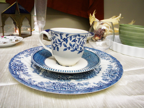 goodwill-thanksgiving-tabletop-blue-2