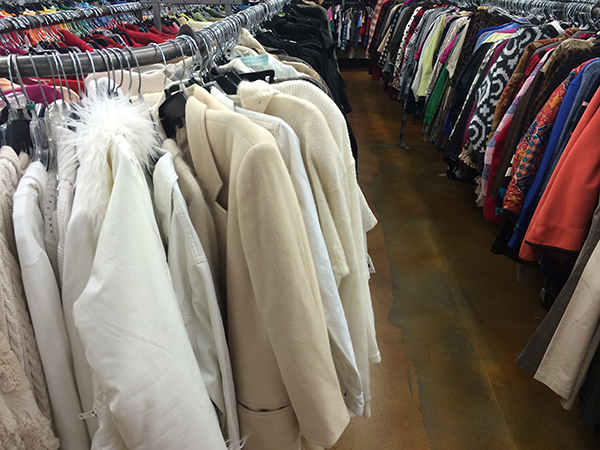 dos and donts of shopping goodwill 2