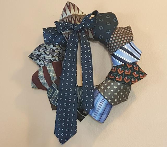 Step 6: DIY Necktie Wreath Finished